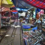 Talad Rom Hoop Market